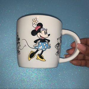 Disney Parks Authentic Minnie Mouse Mug